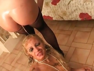 Filthy as hell blonde loves scat