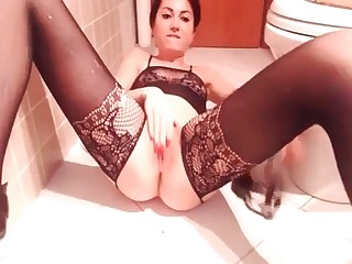 Glamour girl shitting on camera