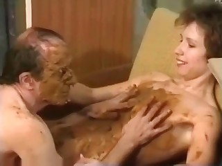Daddy covered in the shit